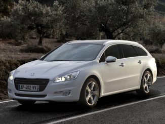 2012 Peugeot 508 Touring Review
