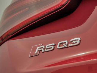 audi Q3 RS badge