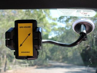 Dick Smith GPS Gooseneck Windscreen Mount Review