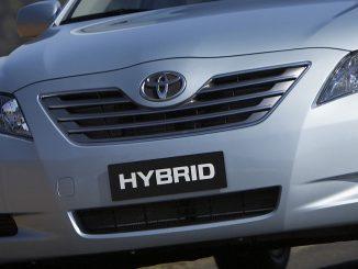 Toyota hybrids crack 50,000 Australian sales