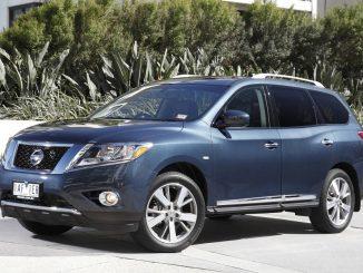 2014 Nissan Pathfinder ST-L Review