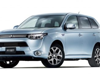 2015 Mitsubishi Outlander PHEV Review
