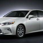 Updated Lexus ES debuts