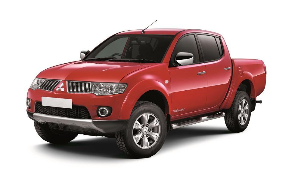 Your Car Reviews: 2013 Mitsubishi Triton