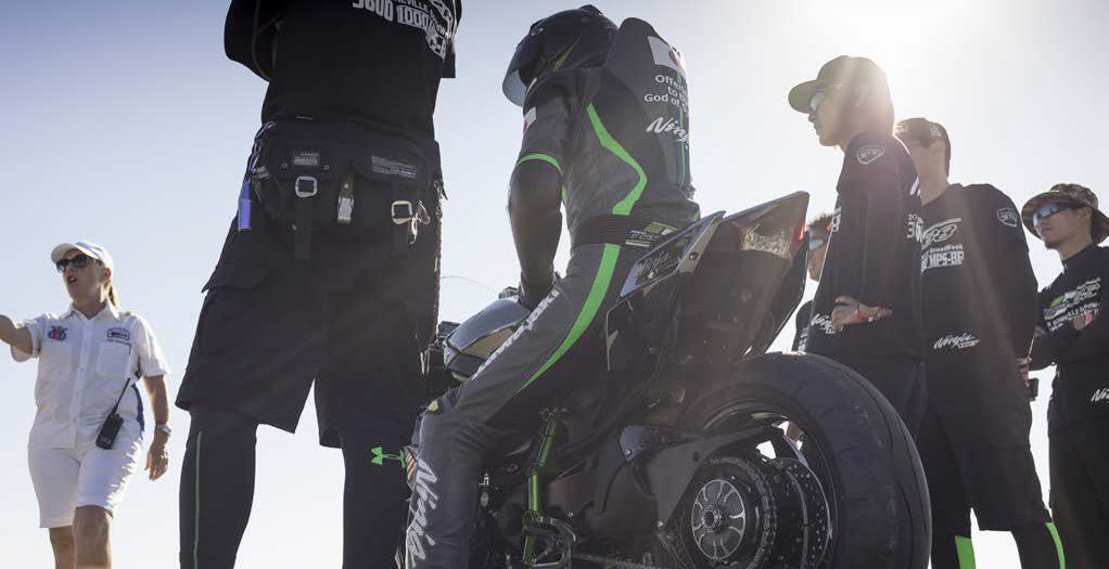 Kawasaki Taking Ninja H2R To Bonneville