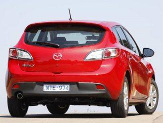 Large number of Mazda cars recalled over tailgate strut fault