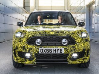 Plug-in hybrid MINI unveiled in Europe
