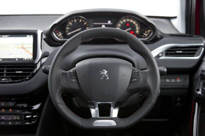 2017 Peugeot 208 GT-Line Review