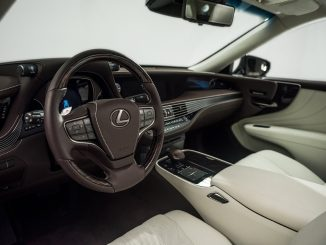 Interior design award for 2018 Lexus LS