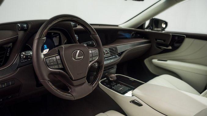 Interior design award for 2018 Lexus LS