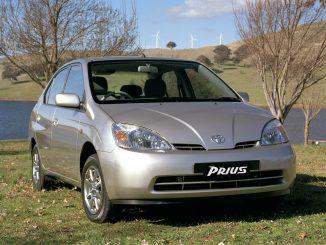 Toyota passes 10 million hybrid car milestone