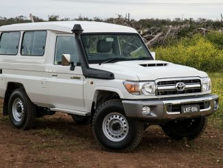 2017 Toyota LandCruiser GXL Troopcarrier Review