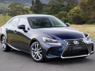 2017 Lexus IS 200t/IS 350 Review