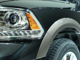 ram truck headlight indicator