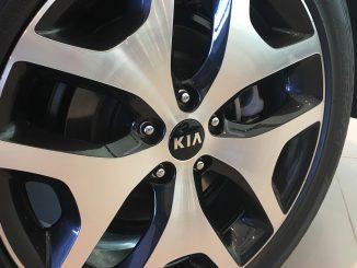 kia alloy wheel