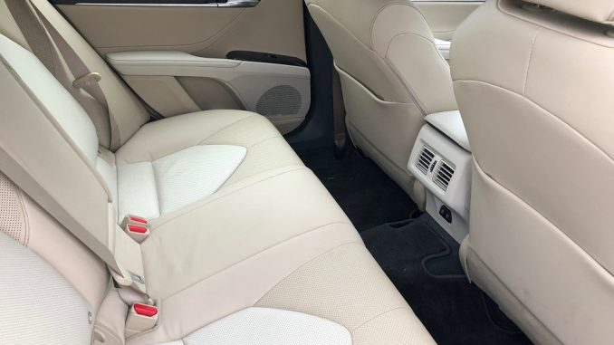 2018 toyota camry rear seat