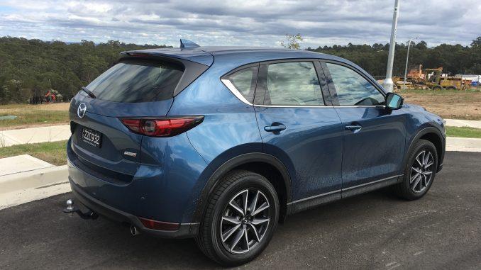 2018 mazda cx-5 side rear profile