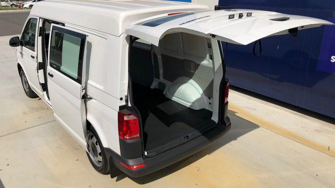 2018 volkswagen transporter side and rear doors