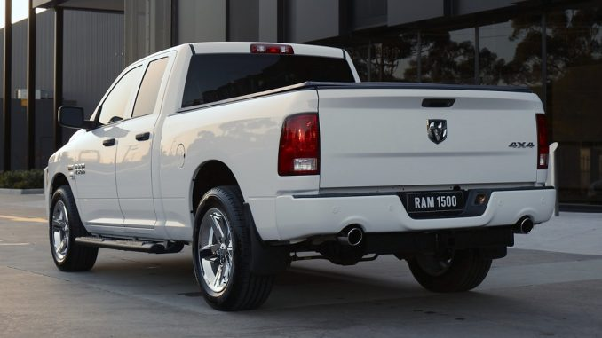 2018 ram 1500 side rear