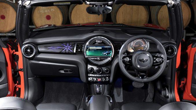 2018 mini convertible interior