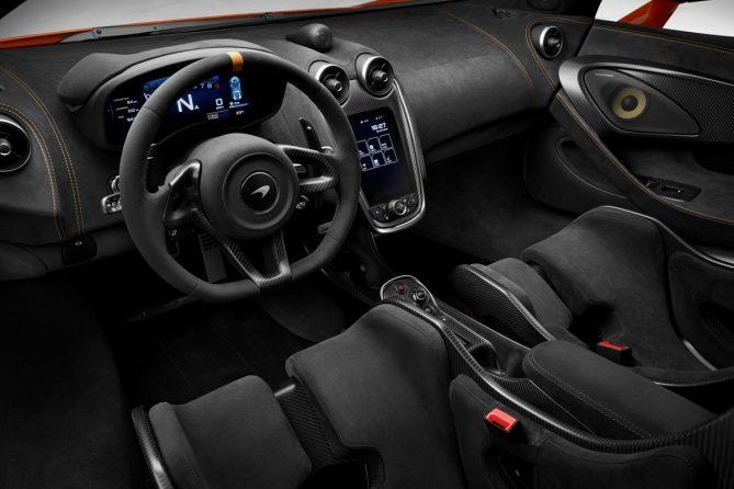 McLaren 600LT interior